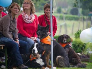 Besucher des Tiergottesdienstes Bönnschenhof